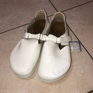 BIRKENSTOCK Linz White Shoes